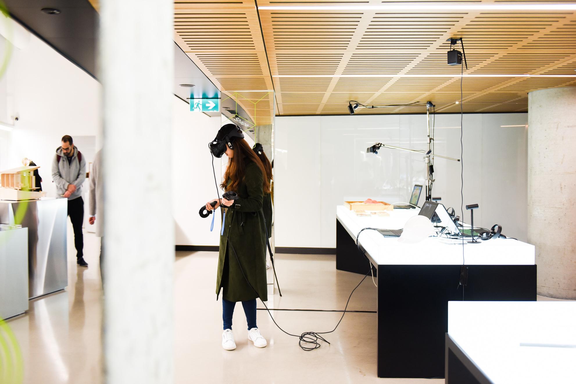Virtual Reality Oculus Rift VR Headset & Unreal Engine 4