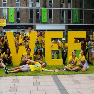 UNSW students at O week